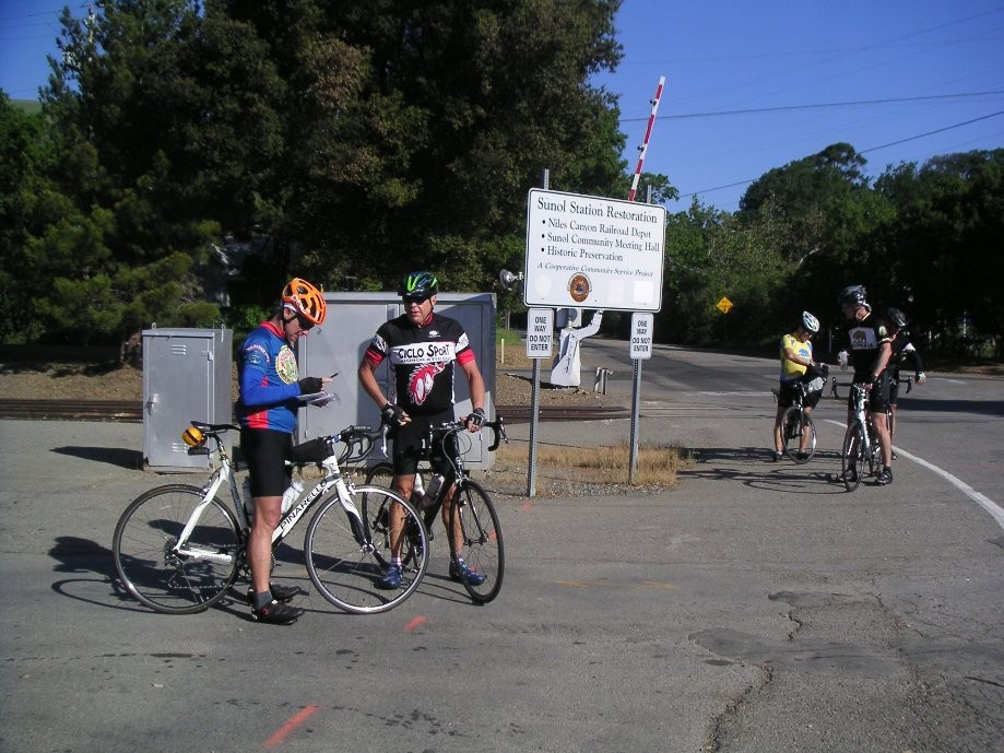 Trip photo #2/32 Regroup at Sunol RR station