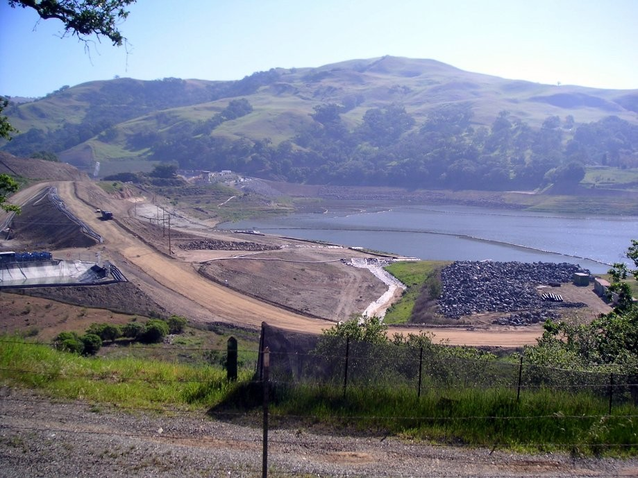 Trip photo #5/32 Calaveras Rsvr. dam construction