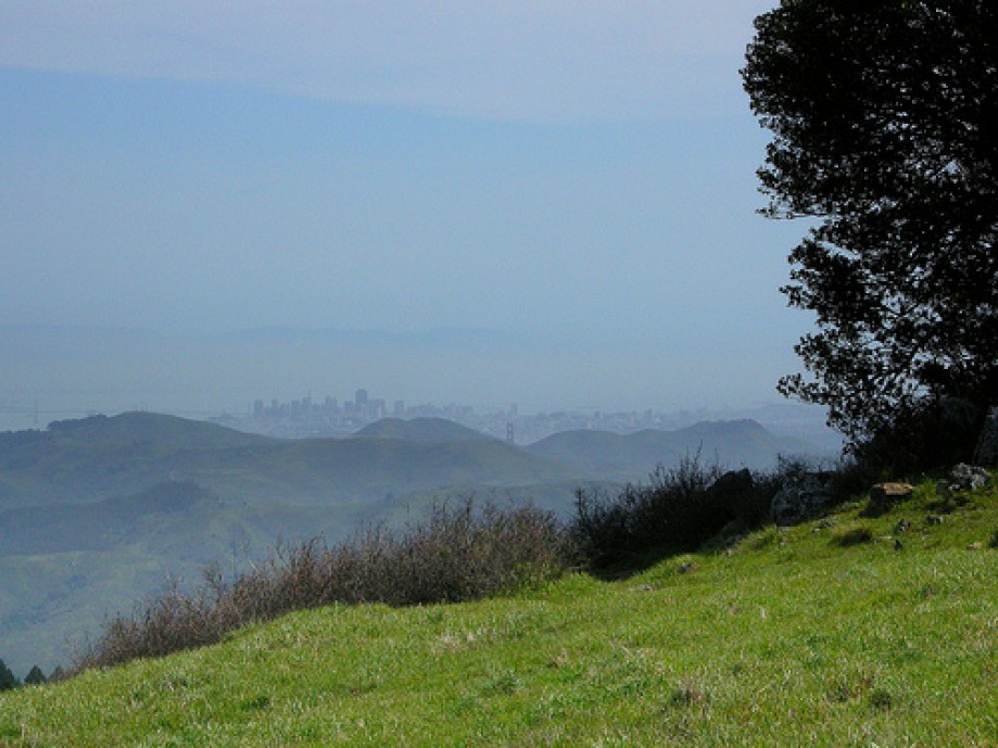 Trip photo #49/53 San Francisco through atmospheric haze