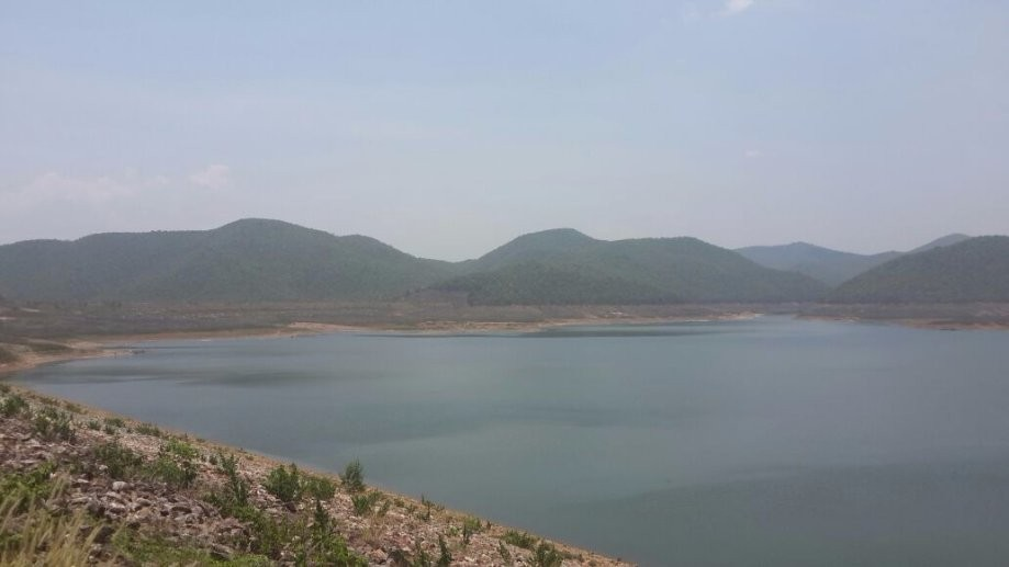 Trip photo #2/7 View of the reservoir from Mae Kuang Dam at around