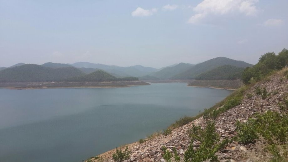 Trip photo #6/7 View of the reservoir from Mae Kuang Dam