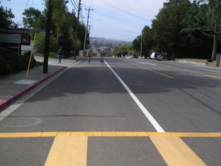 Trip photo #3/11 Top of Redwood Rd. in Castro Valley