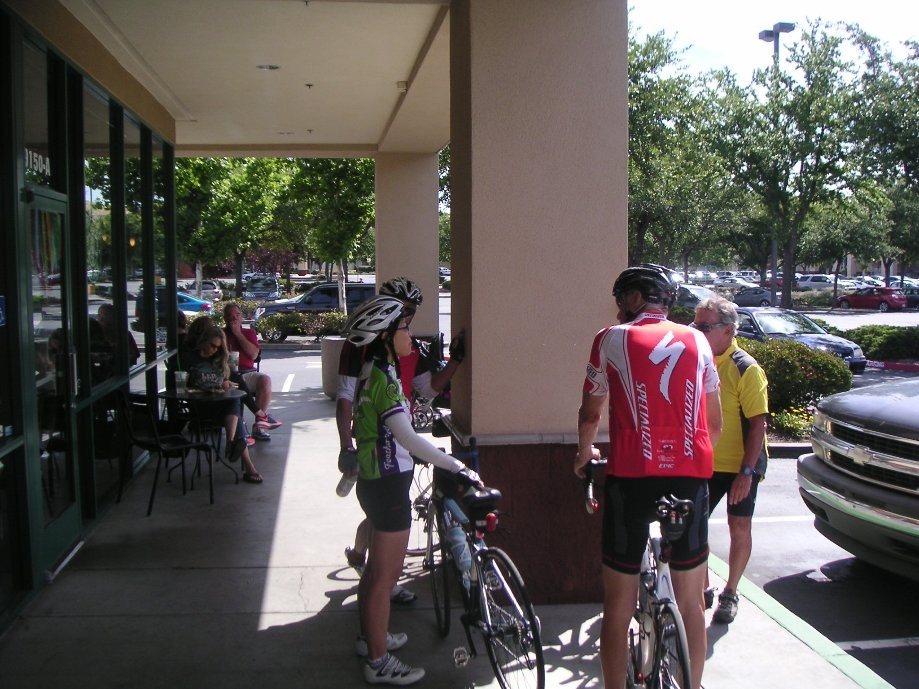 Trip photo #20/21 Refreshment stop at Starbucks on Alcosta