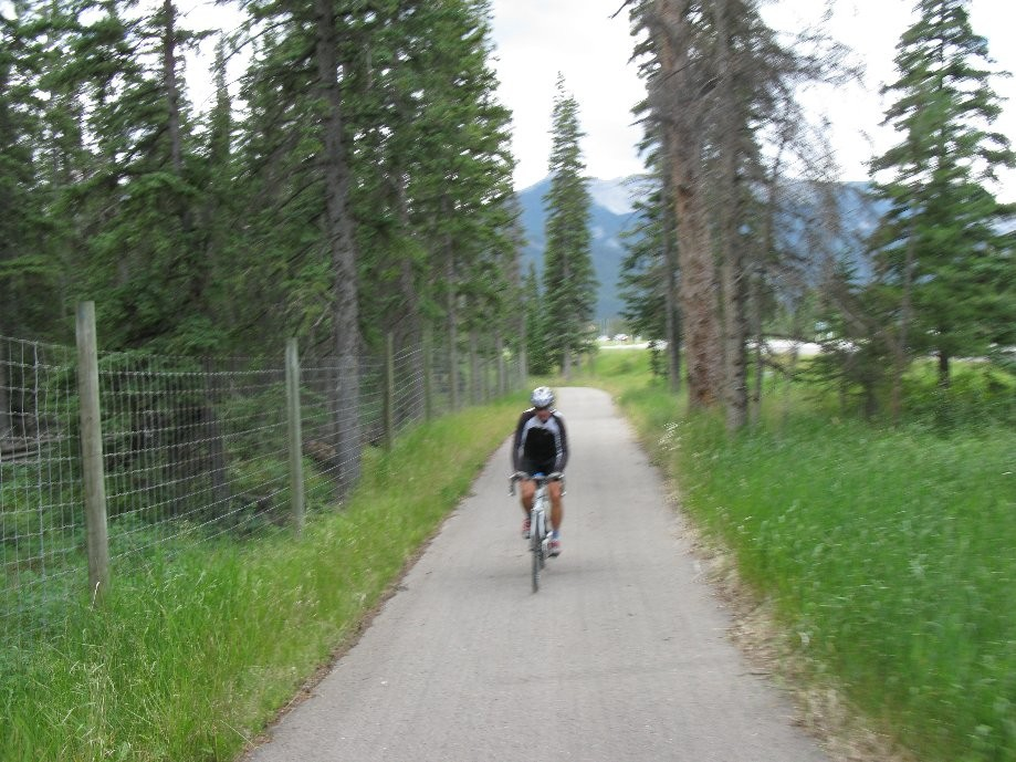 Trip photo #17/33 Bike path into Banff