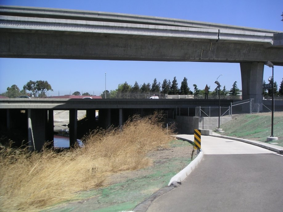 Trip photo #13/14 I-580 underpass