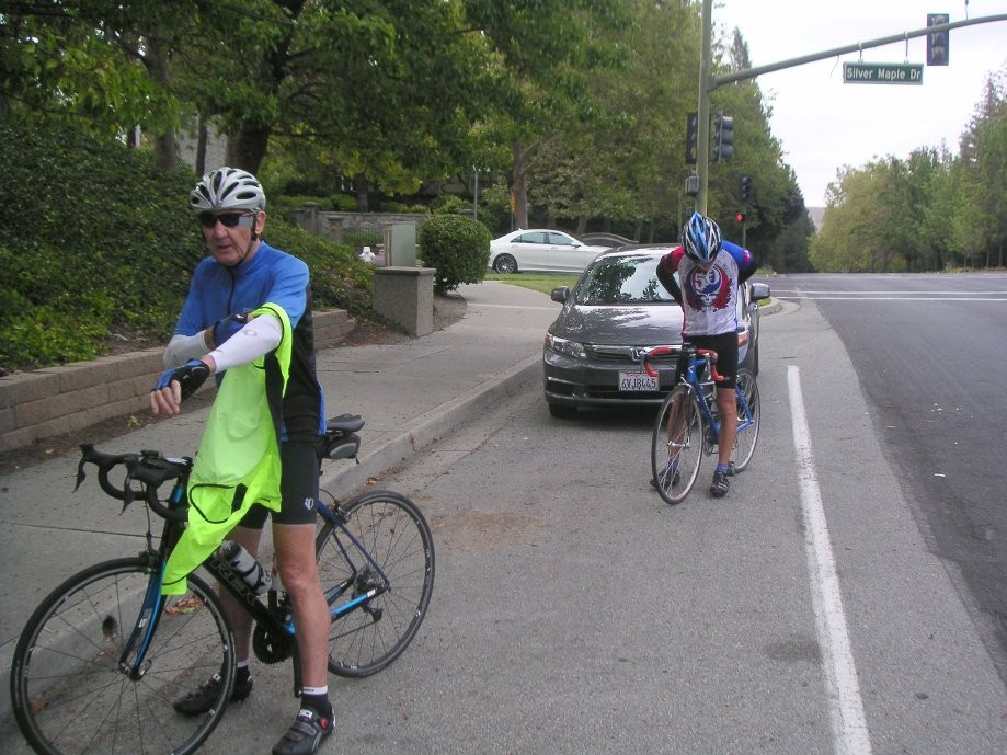 Trip photo #3/10 Regroup at summit of Blackhawk Rd.