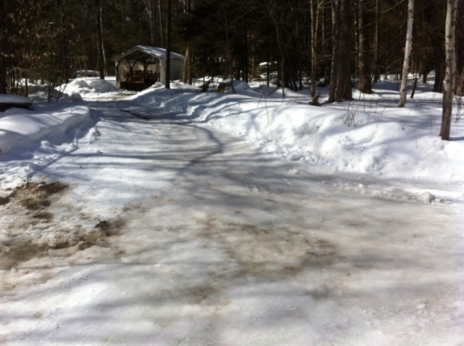Trip photo #12/17 Lightly Plowed Driveway off Gilman Road
