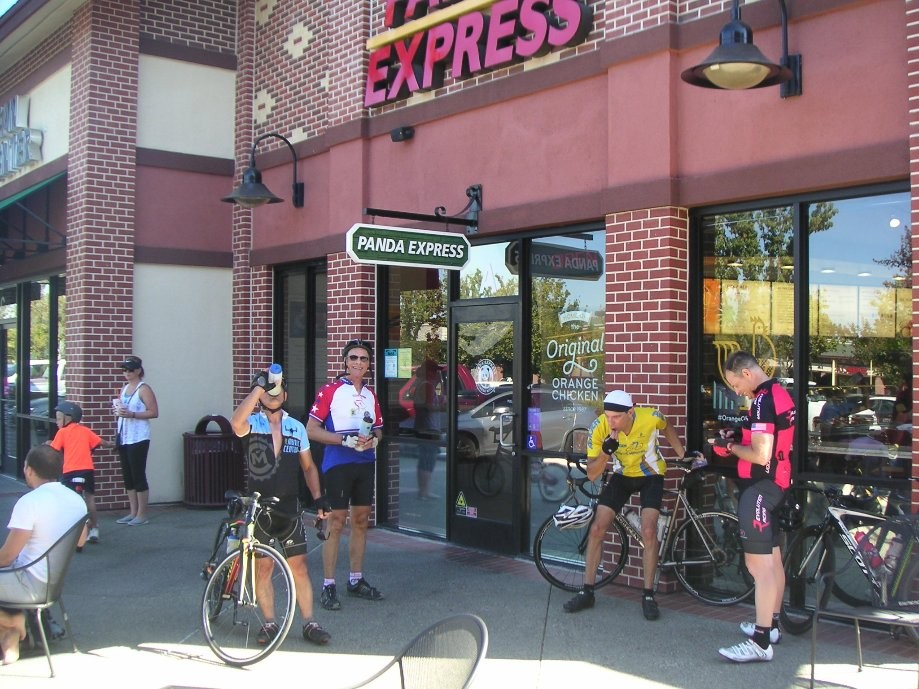 Trip photo #5/8 Starbucks rest stop on Portola