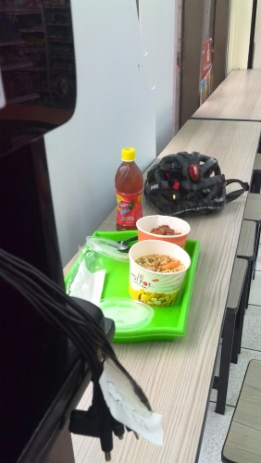 Trip photo #5/23 Lunch at 7-11 while charging my phone.