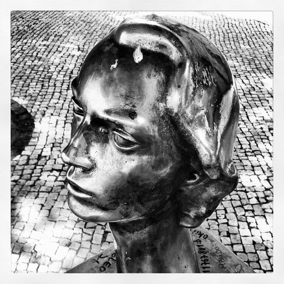 Trip photo #32/69 Bust of Sophia de Mello Breyner Andresen in the Graça belvedere