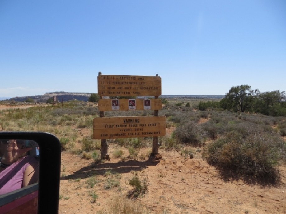 Trip photo #1/39 Beginning of Shafer Trail off Island in the Sky Road