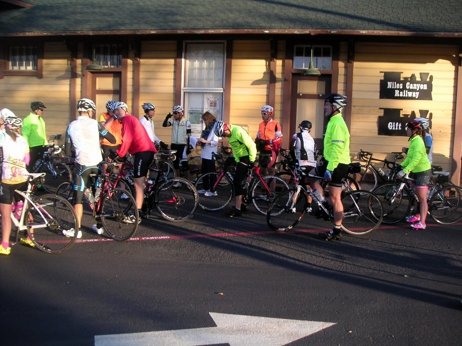 Trip photo #2/9 Regroup at Sunol RR station