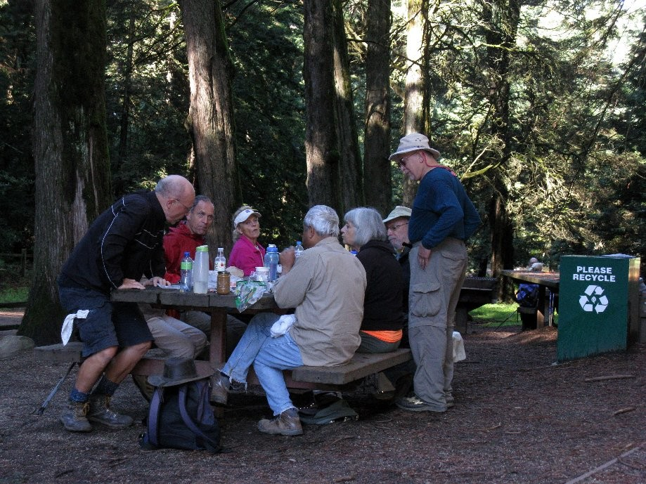 Trip photo #9/17 Lunch stop at Redwood Bowl