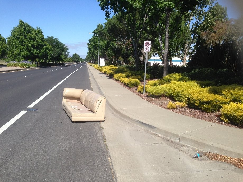 Trip photo #6/6 Rest area in the bike lane on Patterson Pass rd.