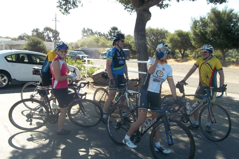 Trip photo #4/9 Regroup at Sunol RR