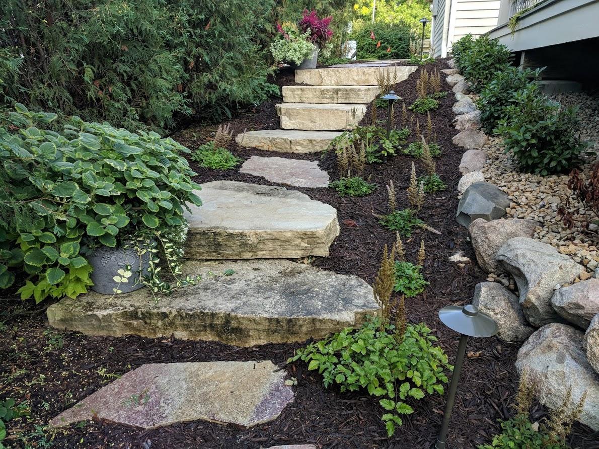 Minnesota's Top Rated Local® Landscapers Award Winner: Beds & Borders Landscape Design, Inc.