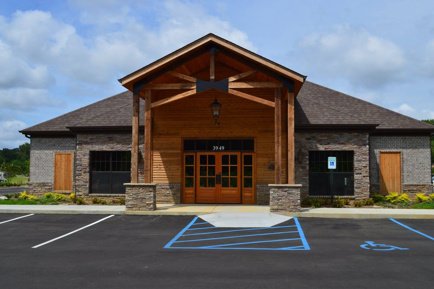 Mississippi's Top Rated Local® Veterinarians Award Winner: Precious Paws Animal Hospital