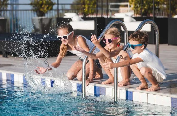 Nevada's Top Rated Local® Pool Service & Repair Award Winner: Big Wave Pool Service