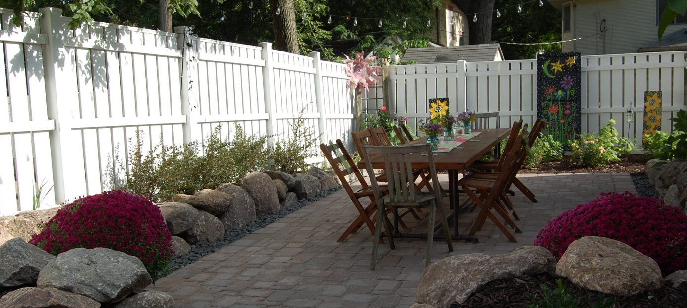 Iowa's Top Rated Local® Landscapers Award Winner: Plant Life Designs