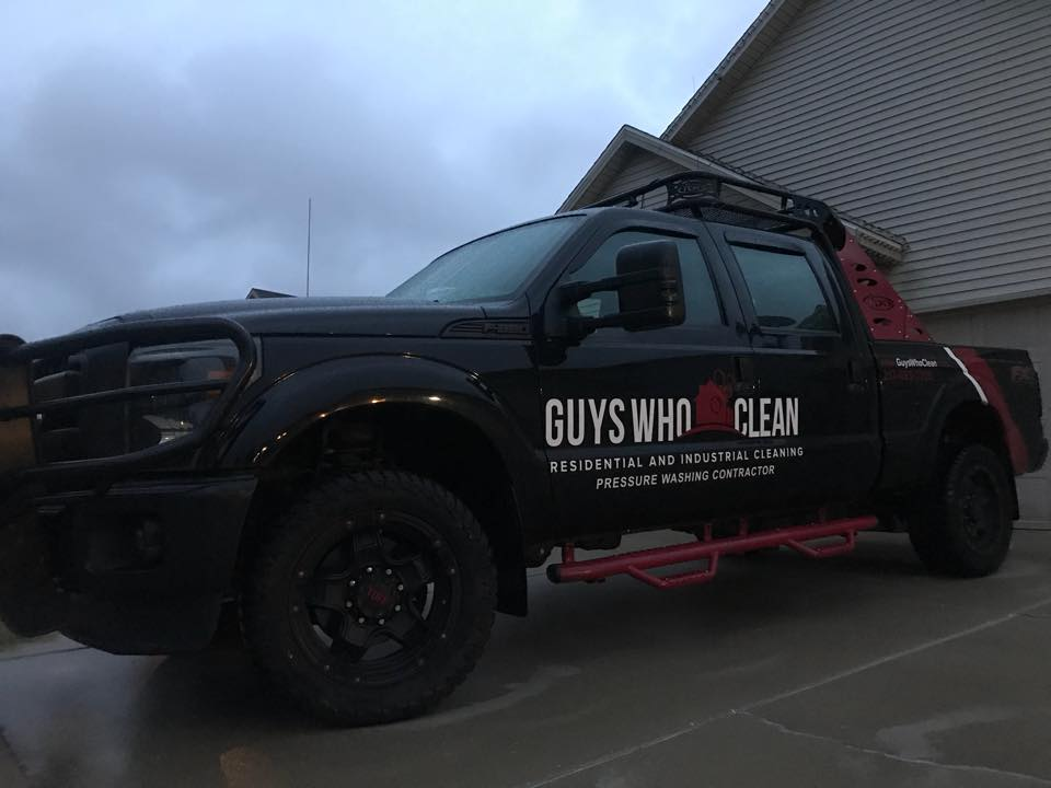 Illinois' Top Rated Local® House Cleaning Companies Award Winner: Guys Who Clean