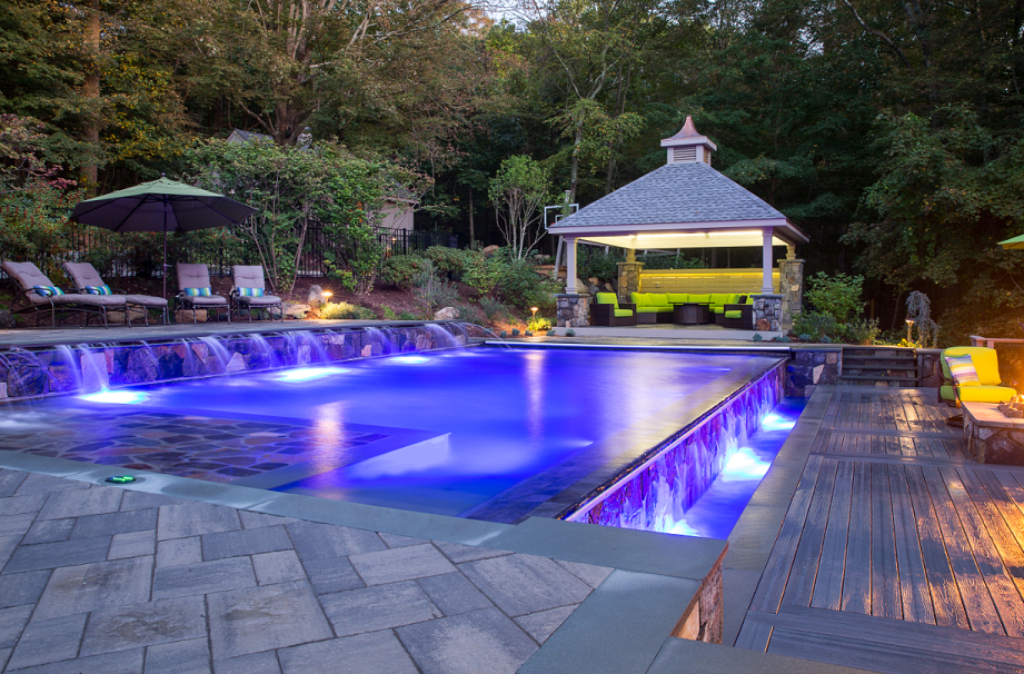 New York's Top Rated Local® Landscapers Award Winner: Land of Elite Landscaping