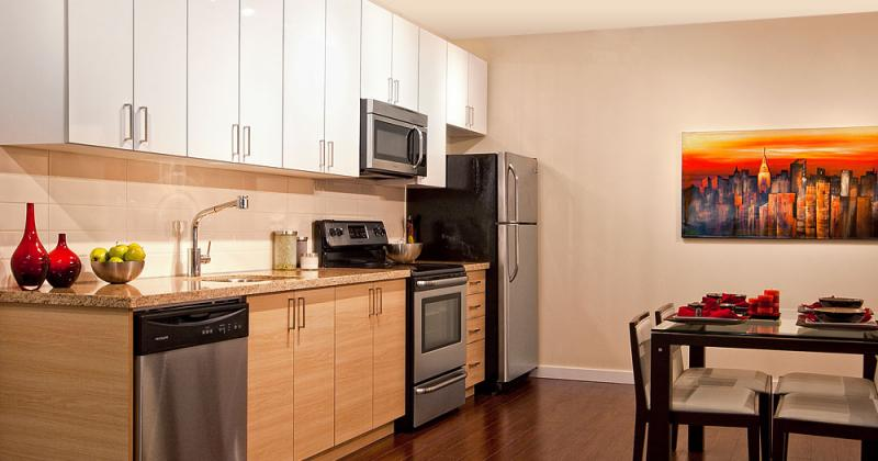 Charm Condos at 3688 Inverness St, Vancouver, British Columbia. Image 7