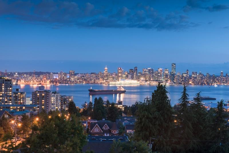 The Residences at Queen Mary at 717 Chesterfield Avenue, North Vancouver, British Columbia. Image 6