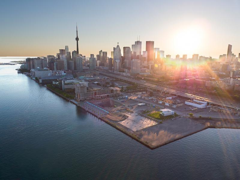 Aquabella Bayside at 261 Queens Quay East, Toronto, Ontario. Image 12