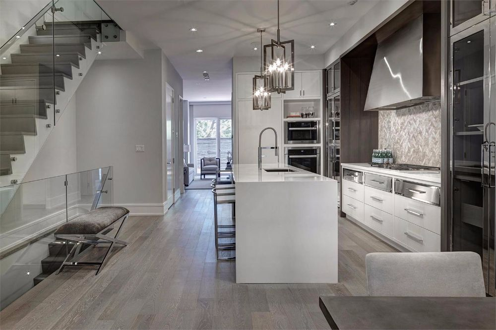 Maisons DeVille at 4 Thurloe Ave, Toronto Central, Ontario. Image 3