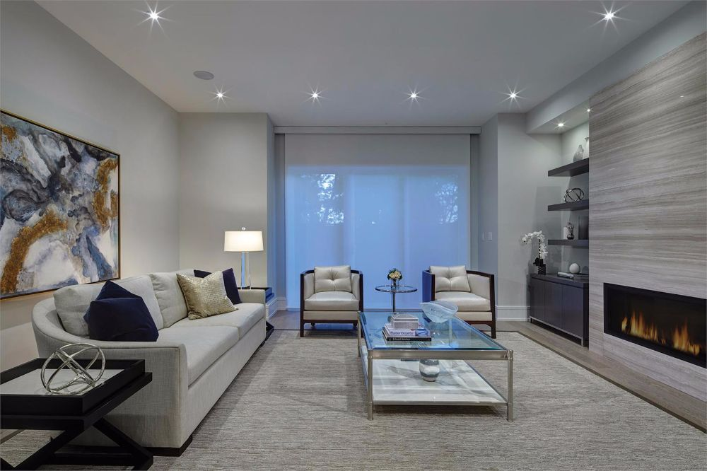 Maisons DeVille at 4 Thurloe Ave, Toronto Central, Ontario. Image 4