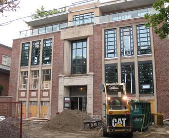SchoolHouse at 391 Brunswick Avenue, Toronto, Ontario. Image 6