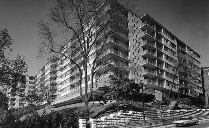 The Benvenuto at 1 Benvenuto Place, Toronto, Ontario. Image 2