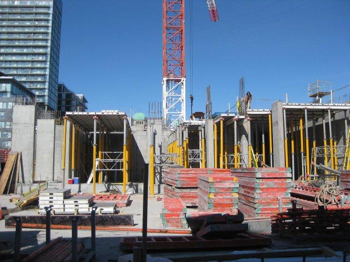 Paintbox Condominiums at 591 Dundas St East, Toronto, Ontario. Image 11