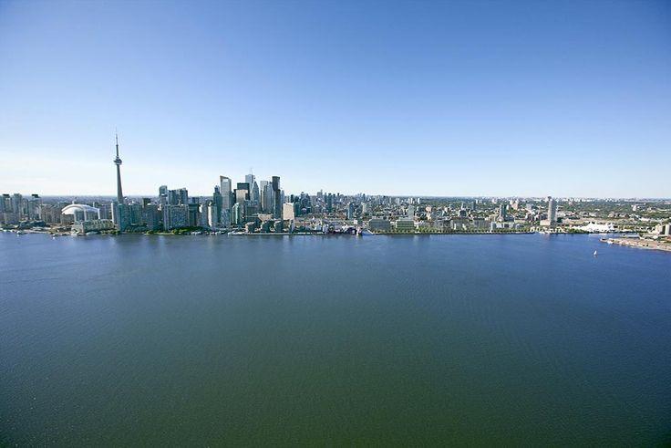 Aqualina Bayside at 223-263 Queens Quay E, Toronto, Ontario. Image 12