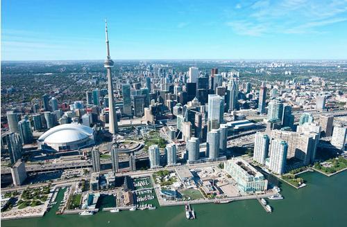 Ten York at 120 Harbour Street, Toronto, Ontario. Image 8