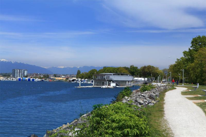 Riva at Alderbridge Way, Richmond, British Columbia. Image 5