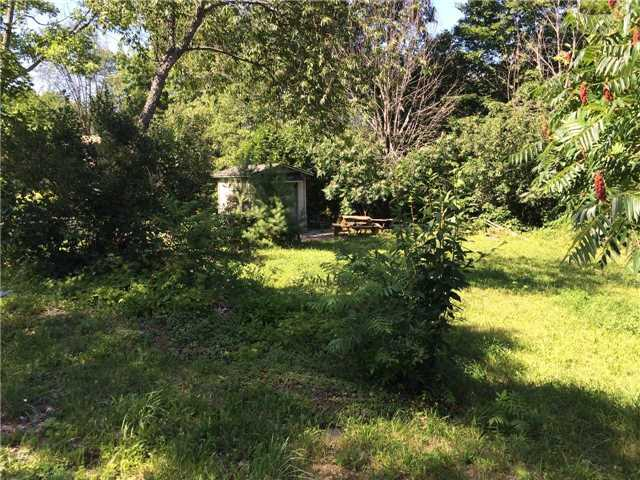 Vacant Land at 1025 Grey St, Muskoka Lakes, Ontario. Image 3