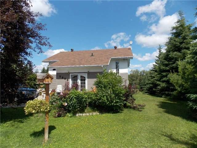 Detached at 2930 Dalton Rd, Timmins, Ontario. Image 1