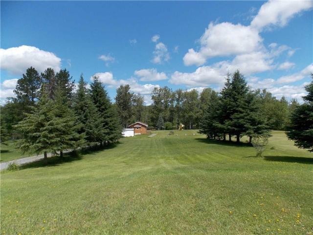 Detached at 2930 Dalton Rd, Timmins, Ontario. Image 3