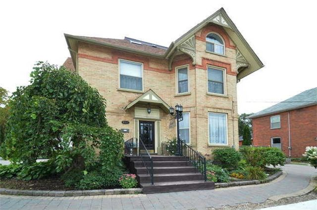 Detached at 142 Hume St, Collingwood, Ontario. Image 1