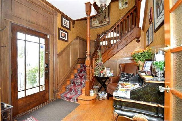 Detached at 142 Hume St, Collingwood, Ontario. Image 10