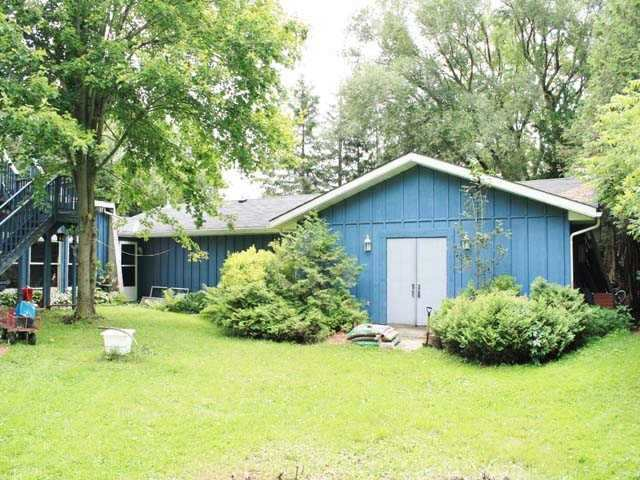 Detached at 38 Pellisier St N, Mapleton, Ontario. Image 2