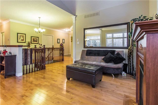 Detached at 55 Kenneth Fried Pl, Wilmot, Ontario. Image 18
