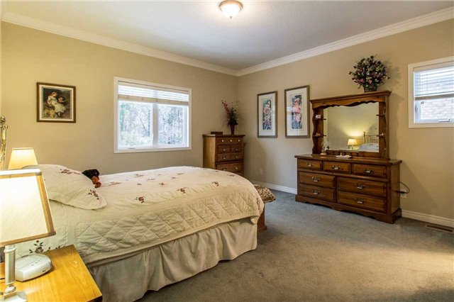Detached at 55 Kenneth Fried Pl, Wilmot, Ontario. Image 5
