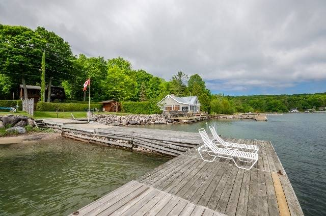 Detached at 55 West Shore Dr, Tiny, Ontario. Image 16