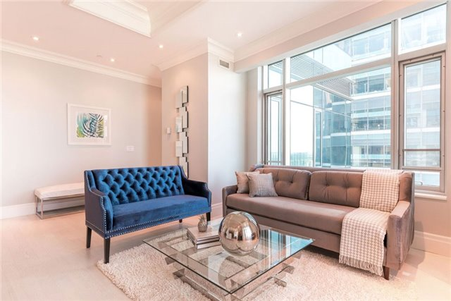 Condo Apartment at 325 Bay St, Unit 4703, Toronto, Ontario. Image 11