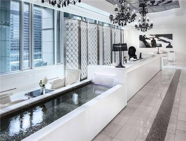 Condo Apartment at 325 Bay St, Unit 4703, Toronto, Ontario. Image 4