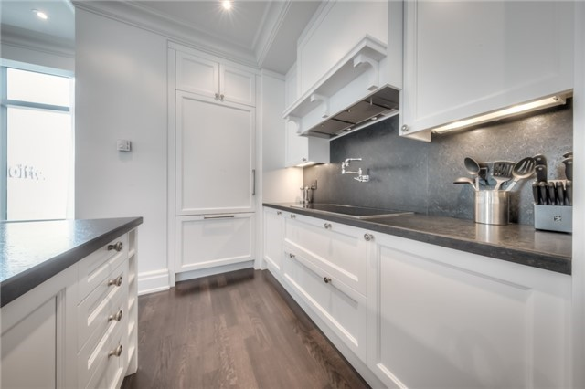 Condo Apartment at 311 Bay St, Unit 4503, Toronto, Ontario. Image 13