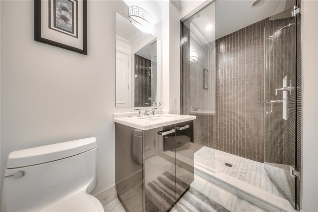 Condo Apartment at 311 Bay St, Unit 4503, Toronto, Ontario. Image 17