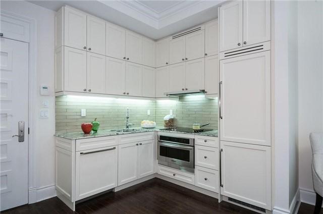 Condo Apartment at 22 Leader Lane, Unit 507, Toronto, Ontario. Image 3